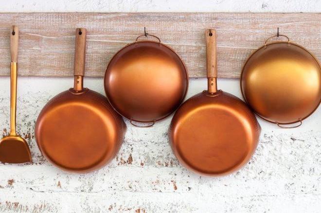 Những đồ làm bếp có thể gây độc: Các bà nội trợ cần lưu tâm khi sử dụng - Ảnh 2.