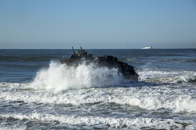 NI: Tàu sân bay Mỹ bị TQ không kích, gãy đôi và chìm trong 20 phút không còn là giả tưởng - Ảnh 1.