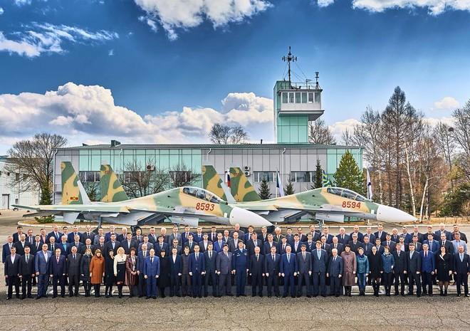 Không thể mua thêm Su-30MK2, khách hàng chỉ còn cách tiến lên phiên bản Su-30MK lạ! - Ảnh 1.