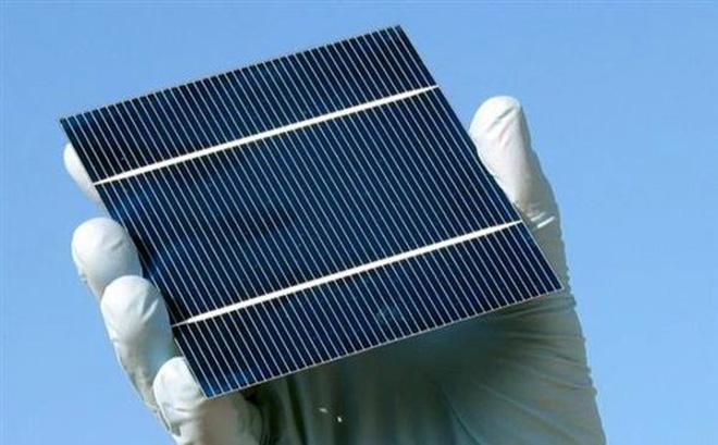 Vật liệu tinh thể mới có thể khắc phục được điểm yếu nhất của pin Mặt Trời