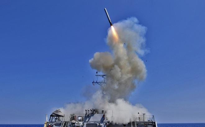 Không phải S-300, S-400 Nga kém cỏi, mà là Mỹ đã tính rất kỹ khi chọn Tomahawk tấn công Syria