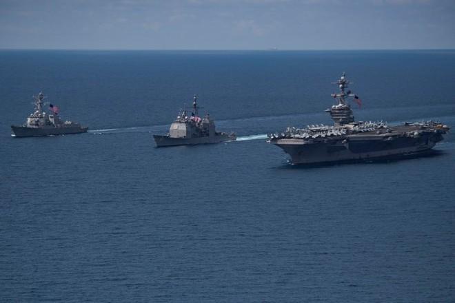 Nhóm tàu sân bay Mỹ tới Triều Tiên lộ lỗ hổng chí mạng - Ảnh 1.