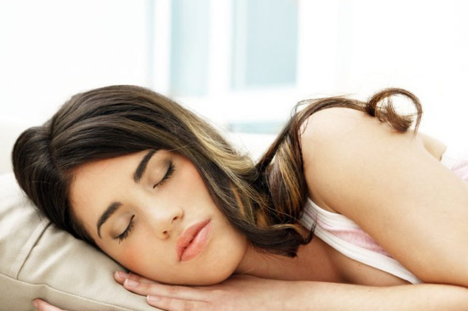 Mẹo hay để chìm vào giấc ngủ trong vòng 60 giây - Ảnh 1.