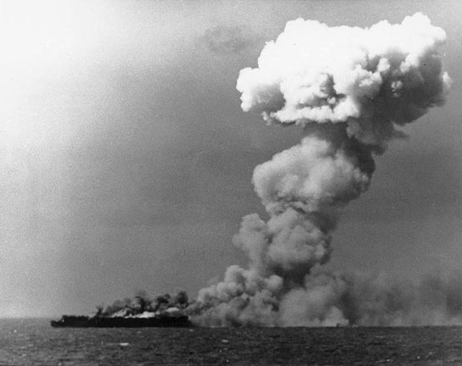 Trận hải chiến có quy mô lớn nhất trong lịch sử chiến tranh - Ảnh 1.