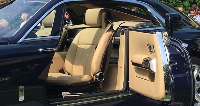 Rolls-Royce cho ra mắt mẫu xe trị giá 290 tỷ, đắt nhất mọi thời đại - Ảnh 12.