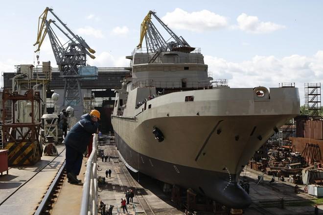 Nga giới thiệu tàu đổ bộ sẽ thay thế Mistral, trang bị vũ khí hoàn hảo - Ảnh 1.