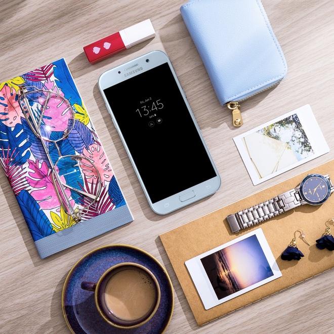 Độc quyền: Tặng ngay sạc pin Samsung khi đặt trước Galaxy A5 2017 Xanh Pastel - Ảnh 1.