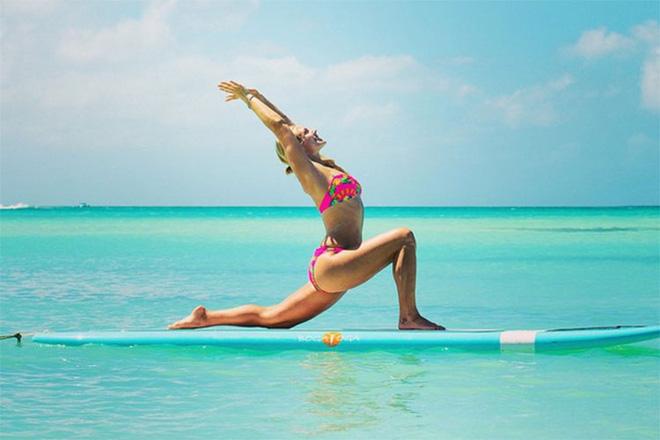 Bí mật dữ dội đằng sau tư thế trên nước tuyệt đỉnh của cô giáo yoga hot nhất thế giới - Ảnh 5.