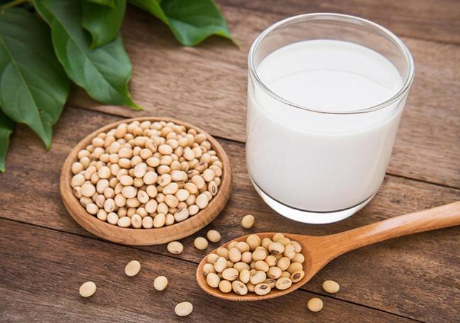 Những lưu ý khi uống sữa đậu nành: Không biết trước có thể gây hại cho sức khoẻ - Ảnh 1.