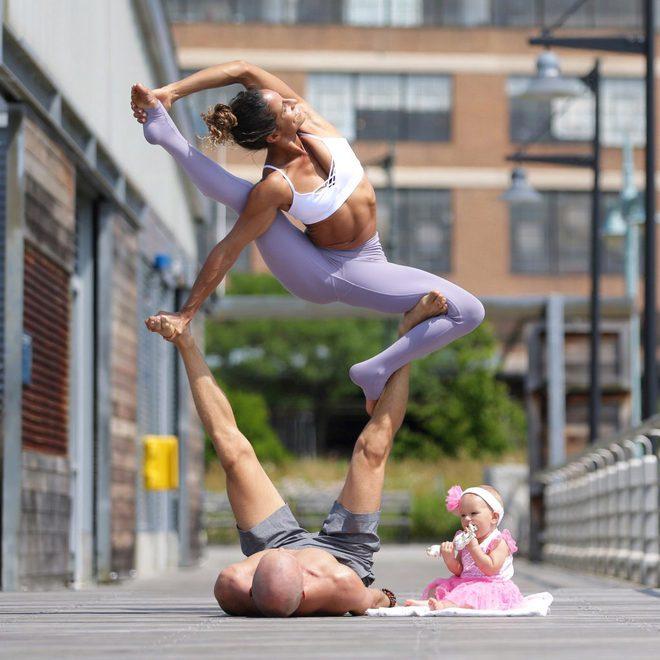 Gia đình Yoga nổi tiếng thế giới: Vì sao họ dành trọn đam mê và tình yêu cho Yoga? - Ảnh 3.