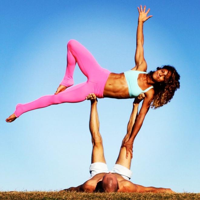 Gia đình Yoga nổi tiếng thế giới: Vì sao họ dành trọn đam mê và tình yêu cho Yoga? - Ảnh 12.