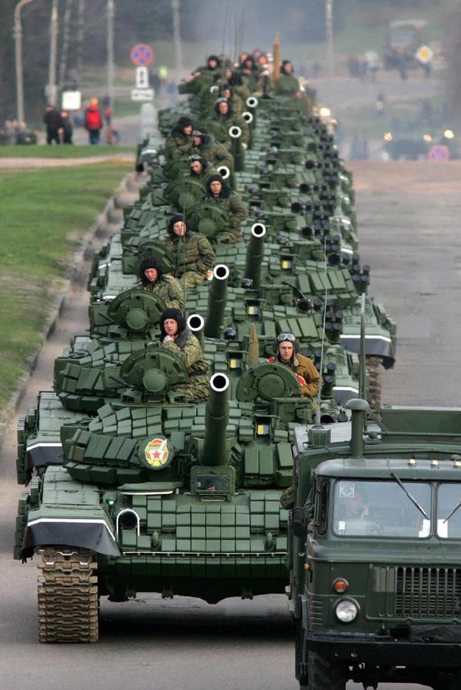 Mỹ-NATO thấy điểm yếu của Nga, nhưng lại lo sốt vó: Hé lộ những điều gây chấn động - Ảnh 1.