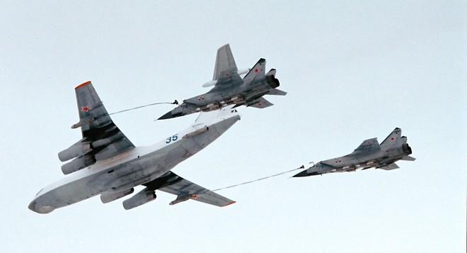 Mỹ-NATO thấy điểm yếu của Nga, nhưng lại lo sốt vó: Hé lộ những điều gây chấn động - Ảnh 2.