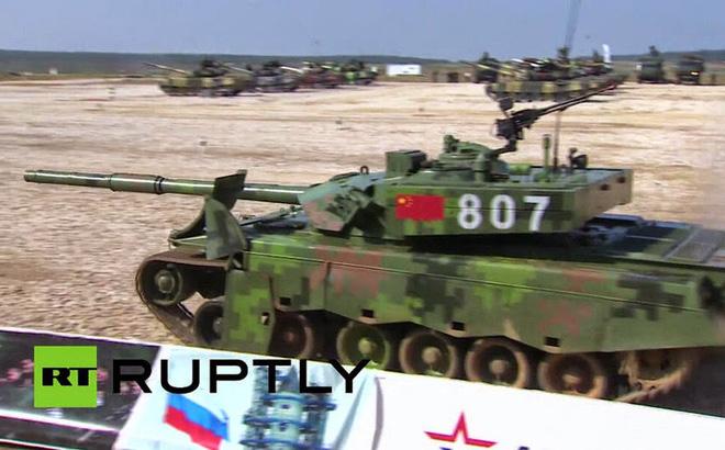 Siêu tăng Trung Quốc lại rụng bánh khi thi đấu ở Nga