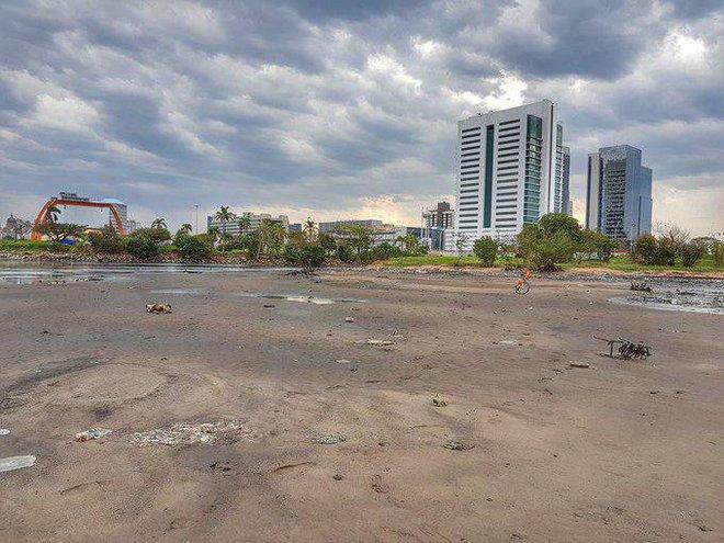 Hé lộ nguyên nhân bí ẩn khiến bãi biển ở Uruguay, Brazil bỗng nhiên cạn ráo - Ảnh 2.
