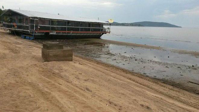 Hé lộ nguyên nhân bí ẩn khiến bãi biển ở Uruguay, Brazil bỗng nhiên cạn ráo - Ảnh 3.
