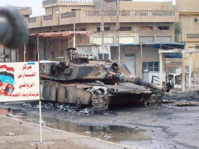 Xe tăng M1 Abrams liên tiếp dính đòn sấp mặt: Thời oanh liệt nay còn đâu? - Ảnh 2.