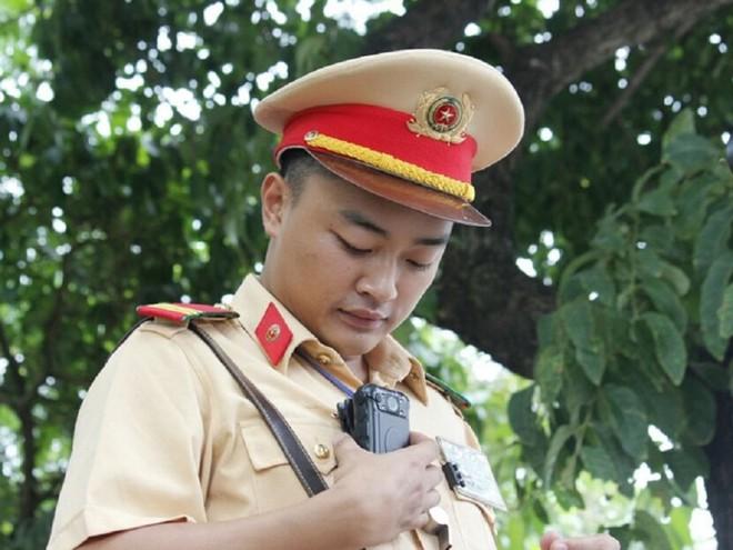 Cảnh sát 141 Hà Nội dùng camera siêu nhỏ - Ảnh 2.