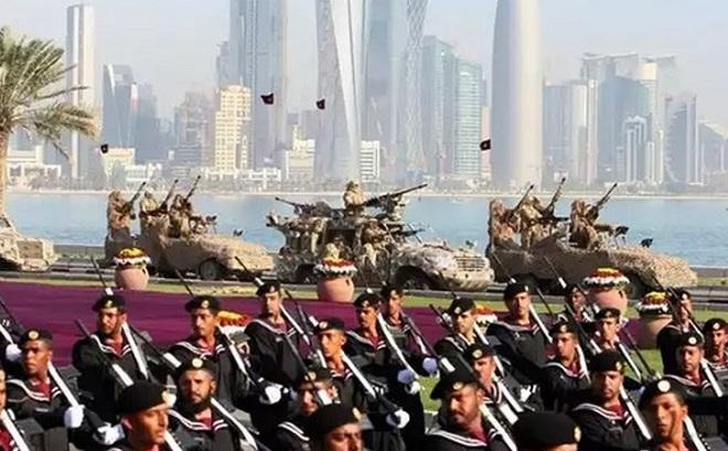 Ngoại giao vũ khí: Con bài giúp Qatar thoát hiểm