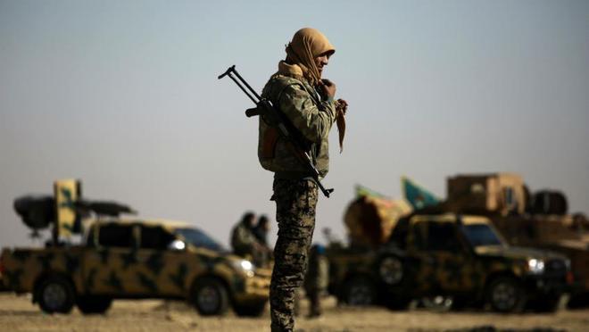 """QĐ Nga vừa tuyên bố đanh thép điều gì khiến lực lượng Mỹ-Kurd ở Syria phải """"co vòi""""?"""