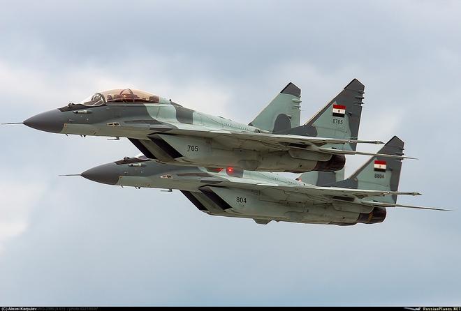MiG-29M/M2 đã sơn cờ và số hiệu, Nga sẵn sàng bàn giao cặp đôi hoàn hảo cho khách hàng - Ảnh 1.