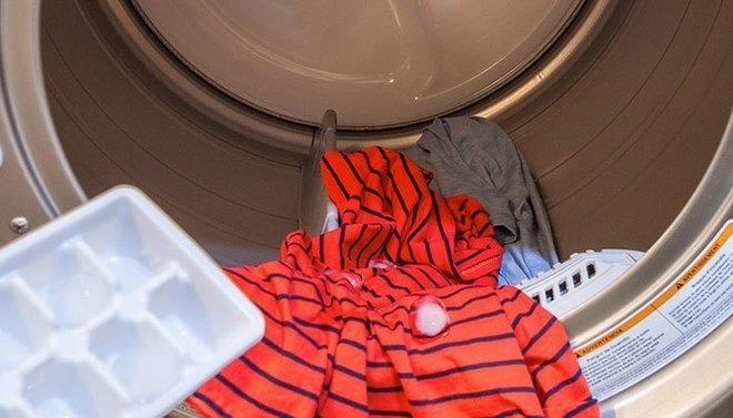 Hết đổ vào bồn cầu, vợ còn đổ đá lạnh vào máy giặt khiến chồng tròn mắt - Ảnh 2.