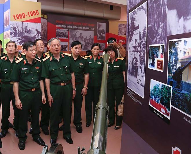 Tướng duy nhất làm tư lệnh hai binh chủng hiện đại của QĐND VN: Vinh dự hiếm thấy - Ảnh 2.