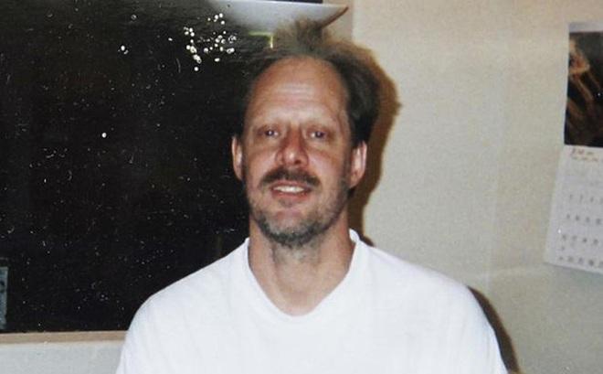 Kẻ thảm sát Las Vegas định bắn cháy thùng xăng để tẩu thoát?