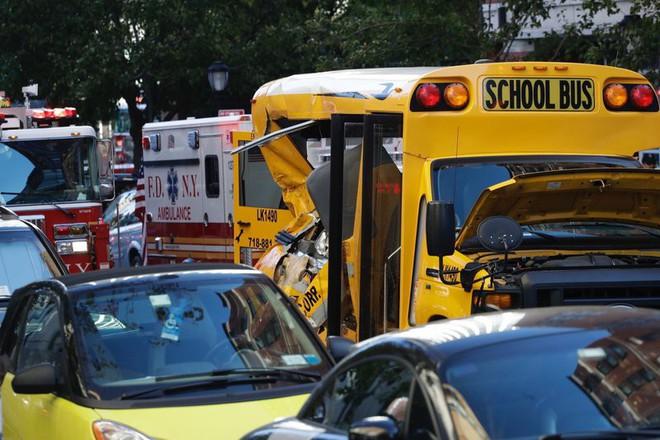 New York: Khủng bố gần địa điểm vụ 11/9, 8 người thiệt mạng, thủ phạm hét Allahu Akbar - Ảnh 5.