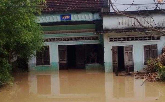 Những điều cần làm ngay để giữ tính mạng khi xảy ra lũ lụt