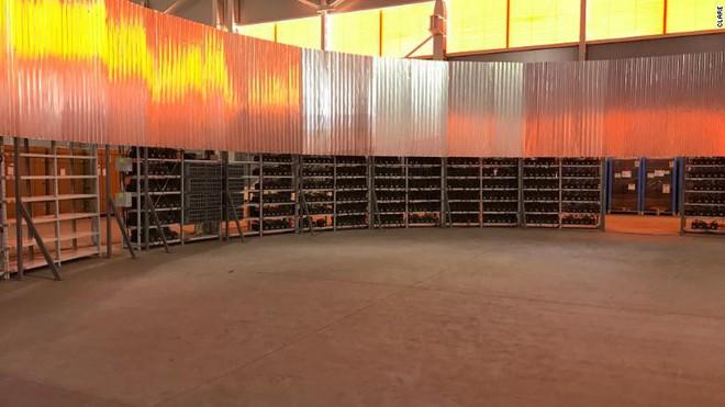 Đến thăm nhà máy đào tiền điện tử hạng khủng ở Nga - Ảnh 2.