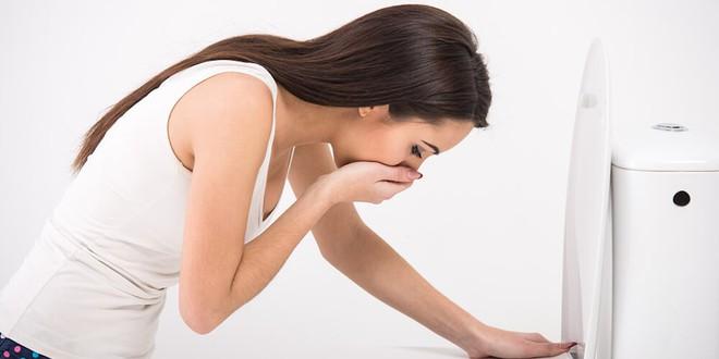 7 dấu hiệu viêm ruột thừa bạn nhất định không được xem thường - Ảnh 1.