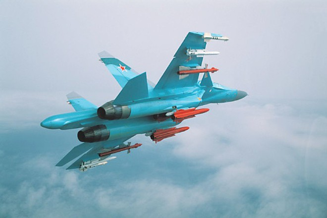 Không chiến Nga Mỹ: F-15 sẽ gặp tai họa nếu bám đuôi Su-34 - Đại Bàng Mỹ  bẽ bàng - Ảnh 1.