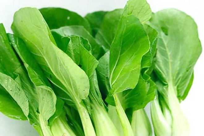 Chuyên gia hướng dẫn cách ăn rau bổ sung canxi hiệu quả hơn cả uống sữa - Ảnh 2.