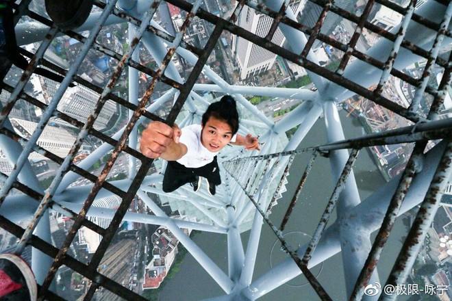 Trước khi qua đời, chàng trai liều mạng nhất Trung Quốc khẳng định chỉ mạo hiểm khi nắm chắc 100% an toàn - Ảnh 1.
