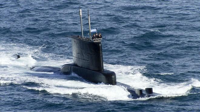 Hé lộ hình ảnh cuối cùng của tàu ngầm Argentina xấu số - Ảnh 1.