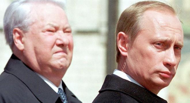 TT Vladimir Putin và tố chất có một không hai trong những ngày đầu tới điện Kremlin - Ảnh 4.