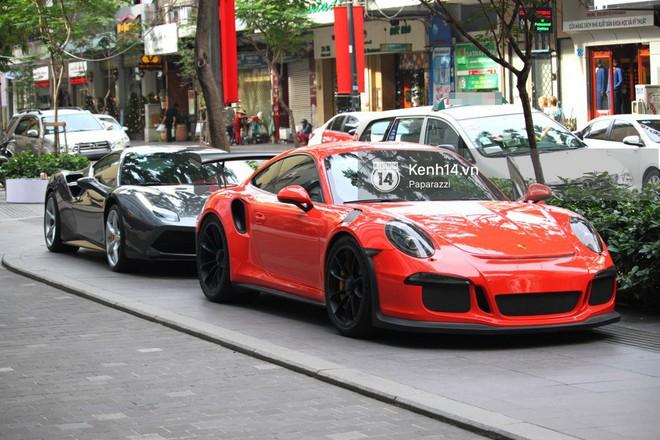Cường Đô la - Đàm Thu Trang và Subeo đi chơi cuối tuần, nổi bật với siêu xe trên phố - Ảnh 2.