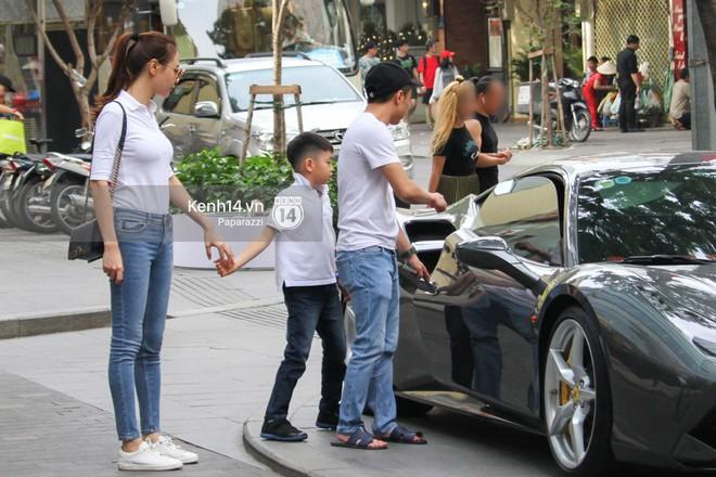 Cường Đô la - Đàm Thu Trang và Subeo đi chơi cuối tuần, nổi bật với siêu xe trên phố - Ảnh 3.