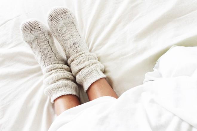 Căn bệnh mùa đông nhiều người mắc sẽ nguy hiểm tính mạng nếu có 4 dấu hiệu nhiễm trùng sau - Ảnh 2.