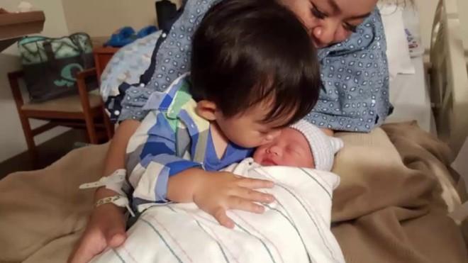 Sao Việt làm mẹ khi chưa được 20 tuổi: Người tìm được bến đỗ yên bình, kẻ vẫn khuê phòng lẻ loi - Ảnh 14.