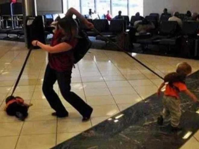 15 cảnh tượng khó hiểu bạn không thể ngờ được là có thể diễn ra ở sân bay - Ảnh 14.