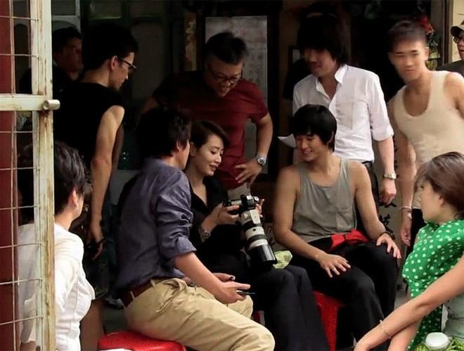 Quyền lực chị đại Kim Hye Soo ở làng phim Hàn: Bạn diễn nam toát mồ hôi hột, cả phim trường nín thinh! - Ảnh 15.