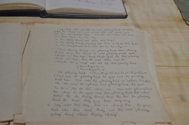 """Hàng vạn hạc giấy """"yêu thương"""" và lễ tri ân đầy dấu ấn về thầy Văn Như Cương - Ảnh 16."""