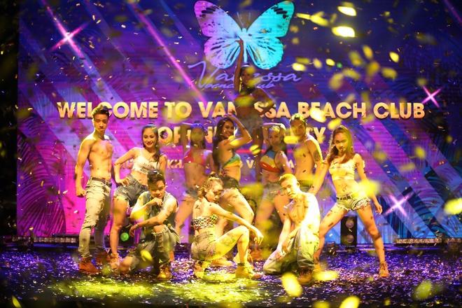Câu lạc bộ bãi biển Vanessa - chốn ăn chơi mới không thể bỏ qua ở Đà Nẵng - Ảnh 3.