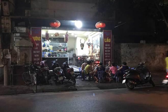 Phố lẩu vỉa hè 200 ngàn/nồi ở Hà Nội âm thầm biến mất - Ảnh 2.