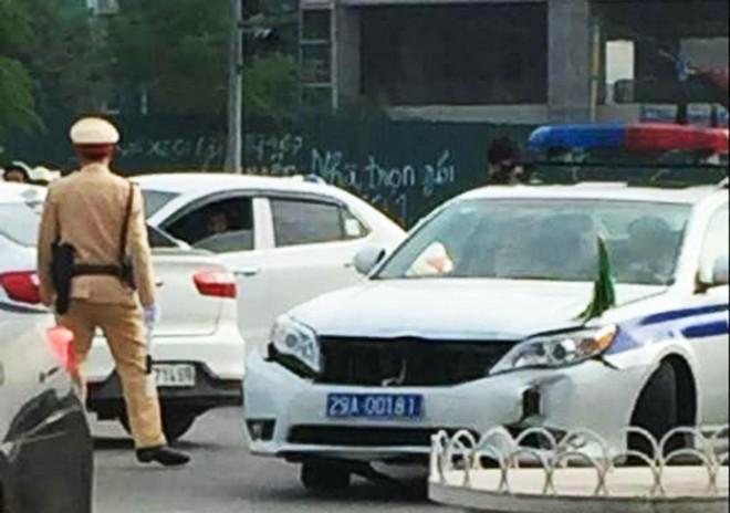 Những vụ tai nạn dở khóc, dở cười trong lộ trình của đoàn lãnh đạo tham dự APEC - Ảnh 3.
