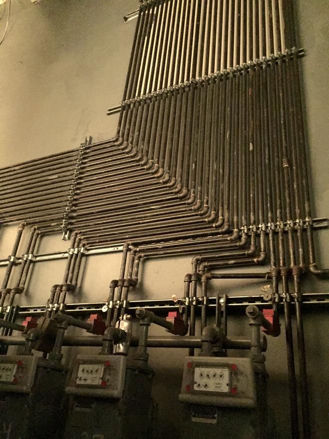 Ngắm 14 đường ống được lắp đặt chuẩn như xếp lốp - Ảnh 3.
