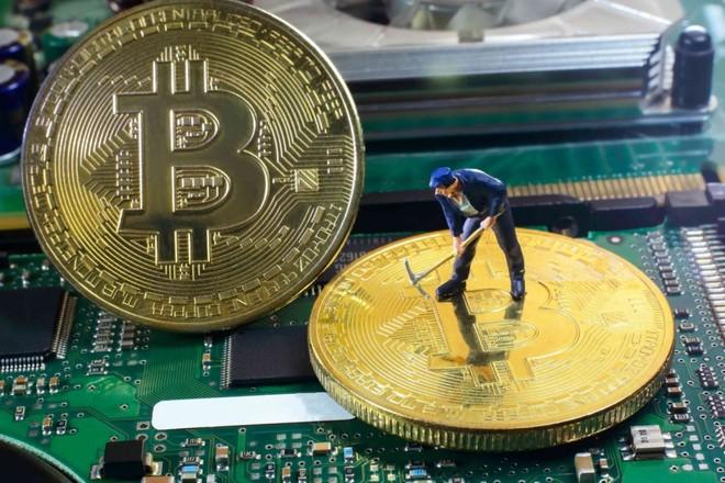 Dưới cơn điên loạn, giá trị bitcoin được định giá bằng 0 USD - Ảnh 1.