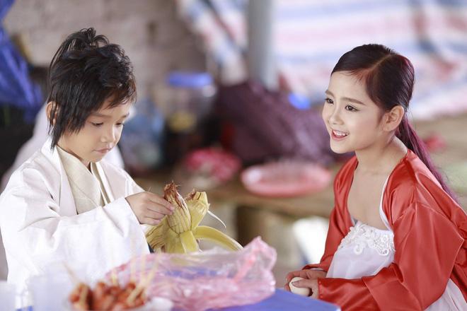 Nhiếp ảnh gia Bút Đỗ: Chụp với mẫu nhí Khánh Linh, Hữu Nhật vui lắm, có điều hai bé hay… đòi ăn - Ảnh 3.